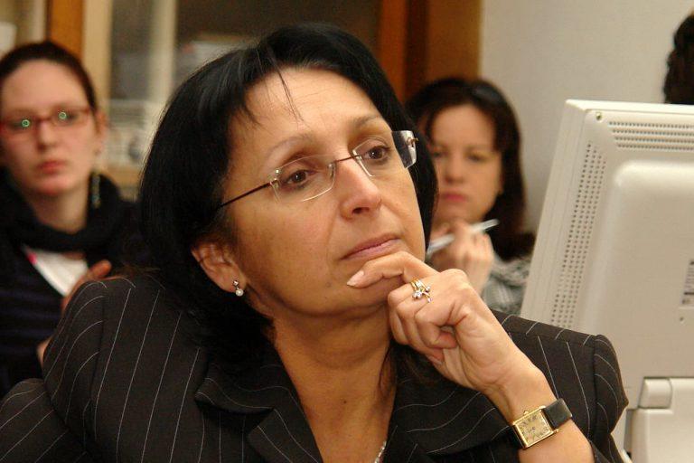 Hana Papežová